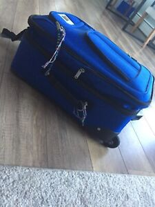 Selling- mid-size rolling suitcase