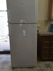 Excellent condition Beko fridge Leanyer Darwin City Preview