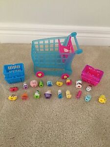 Shopkins Shopping cart and bags