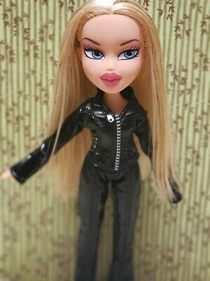 BRATZ Doll Dynamite Cloe doll on original clothes and shoes