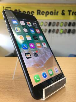 AS NEW IPHOEN 7 PLUS 128GB JET BLCAK WITH INVOICE AND WARRANTY