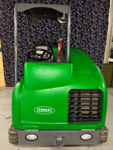 """Tennant T20 40"""" LPG floor sweeper scrubber with LOW hours and FREE shipping"""