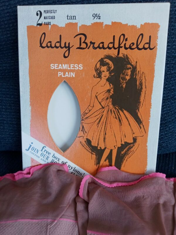 2 Pairs Boxed Vintage Nylon Stockings Lady Bradfield Seamless Pink Trim 91/2