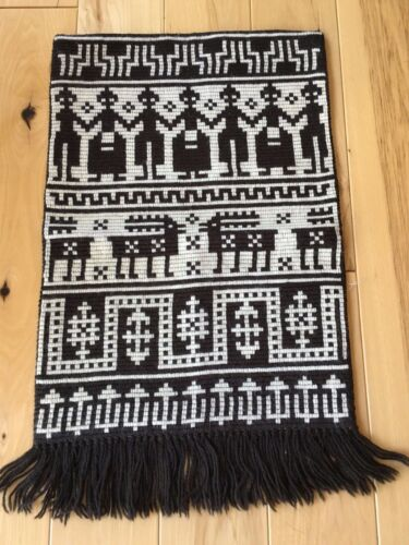 CLASSIC HAND STITCHED NORWEGIAN WOOL TAPESTRY WALL HANGING FROM NORWAY