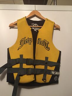 Jet Pilot PFD class 2 Small jet ski wakeboard boat Earlville Cairns City Preview