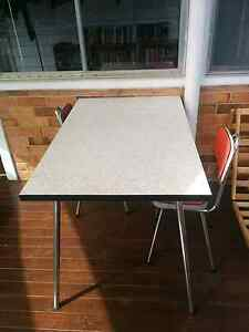 50s retro kitchen table. 3 chairs, great condition. Castlemaine Mount Alexander Area Preview