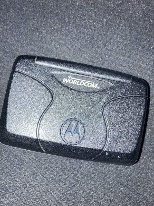 Motorola T900 Two-Way Pager With Belt Clip