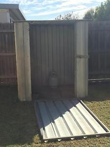 Free Garden shed Point Cook Wyndham Area Preview
