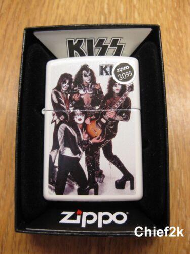 Zippo Lighter Kiss 49017 White Matte