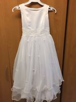 WOW!!  Size 7/8 Communion or Flower Girl dress