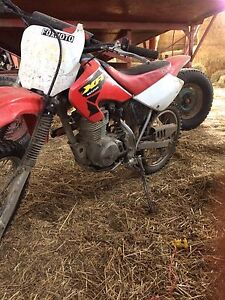 **running** 02 Honda xr 100