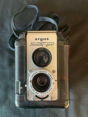 Vintage Argus Super Seventy Five Camera  With Original Leather Case/Untested
