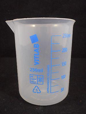 Vitlab Polypropylene Plastic 250ml Low Form Graduated Griffin Beaker