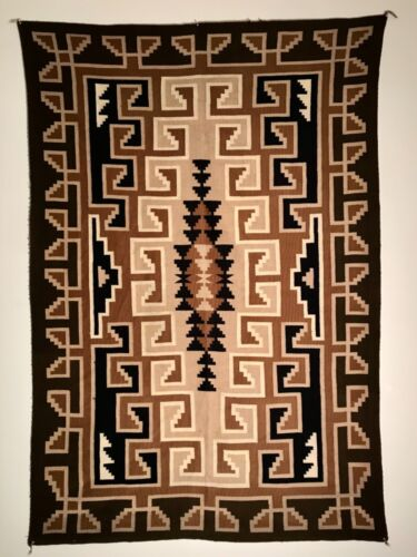 STUNNING TWO GREY HILLS RUG,SILKY SMOOTH HANDSPUN,STRONG DESIGNS,NEARLY PERFECT!