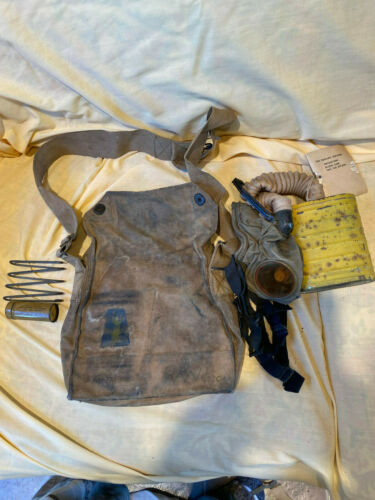 """ORIGINAL US WWI 77th DIVISION TRENCH ART GAS MASK """"COMPLETE"""""""