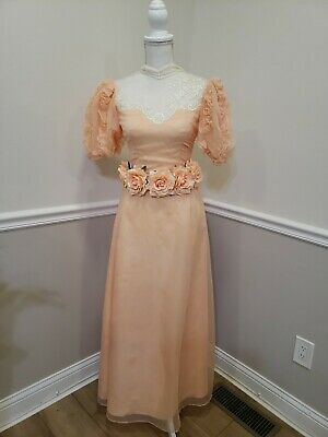 80s Dresses | Casual to Party Dresses Vintage Unbranded Romantic Evening Prom Formal Party Dress Vintage Size 8 $39.99 AT vintagedancer.com