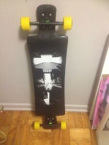 *LONGBOARD FOR SALE 9/10 CONDITION*