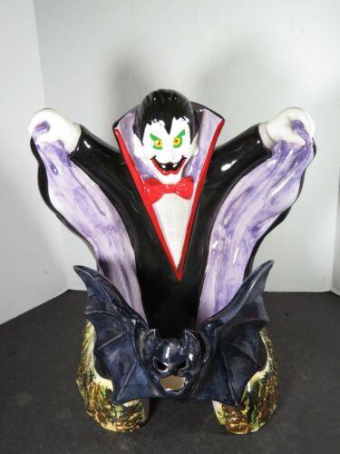 Large Vintage Ceramic Dracula With Bat Halloween Decoration Taiwan B510