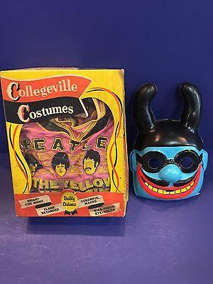 Beatles VINTAGE 1968 YELLOW SUBMARINE HALLOWEEN COSTUME IN THE BOX! GREAT!