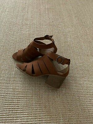 Qupid Ladies Brown Strappy Open Toe Shoes With Ankle Strap, Block Heel Size 8.5