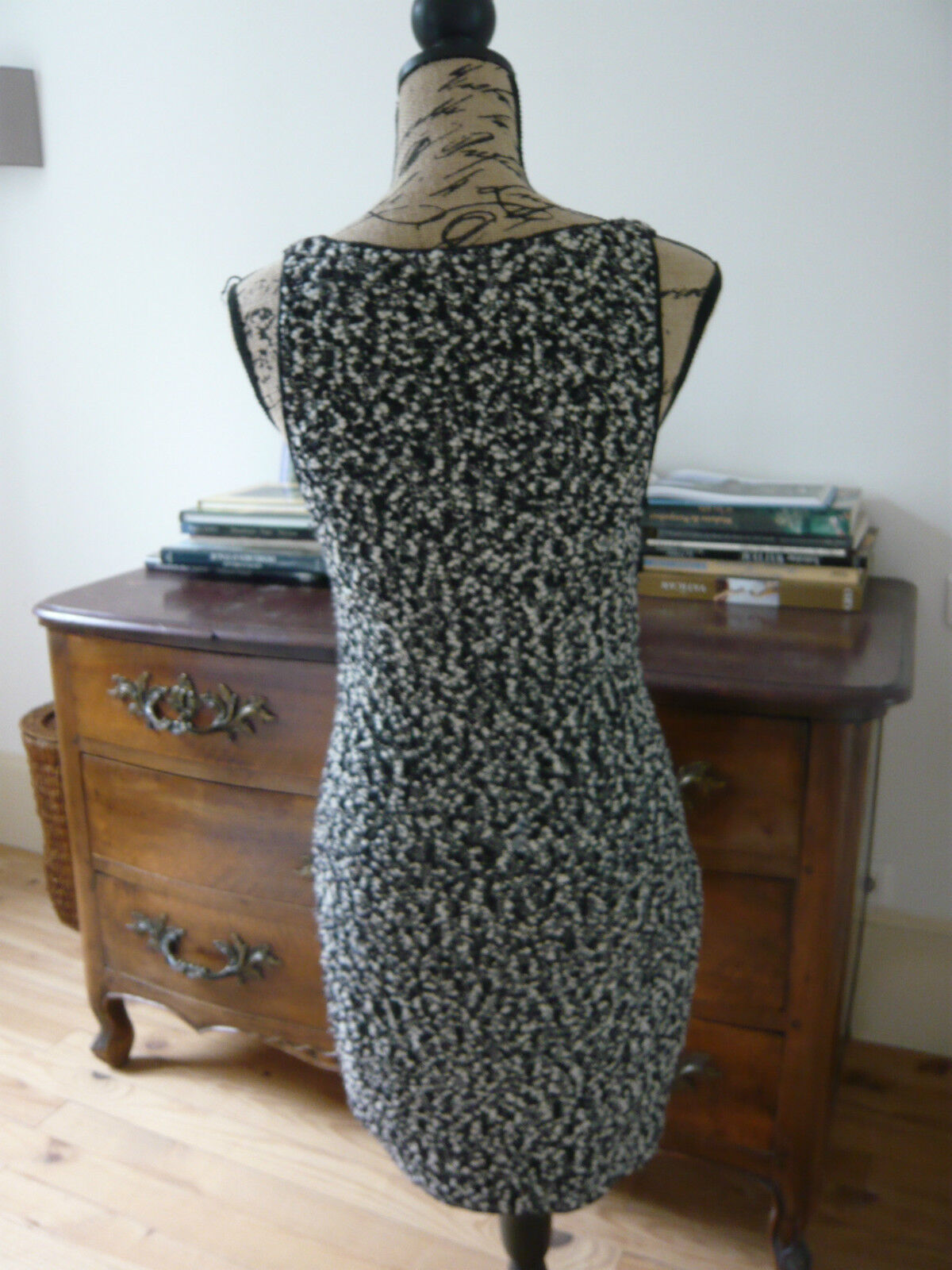 Chanel robe laine dress t 36 tweed boucle noir blanc tbe