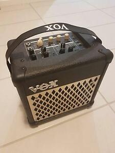 Vox amp,Mic,Mic stand Sunnybank Hills Brisbane South West Preview
