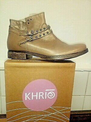 New size 39 KHRIO ANKLE BOOTS, metalic beige/gold leather
