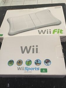 Wii console Wii Fit and wii games great condition Tanah Merah Logan Area Preview
