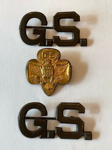3 Vintage METAL GIRL SCOUT pins / Gold Trefoil / Eagle / 2 GS Initial Pins