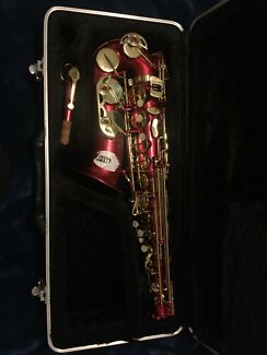 Alto Saxophone pink/red
