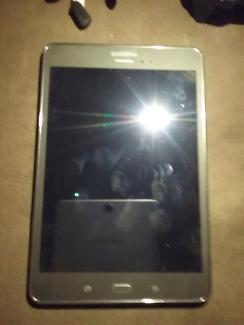 Samsung Galaxy TabA 4g&wifi(Next to new)UNLOCKED