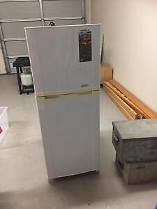 Refrigerator/freezer Camden Camden Area Preview