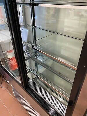 Refrigerated Glass Side Bakery Cakes Display Case 48 Wide 55 Tall 2200