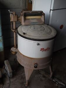 1930's Vintage Maytag Washing Machine, Electric, Agitator & Ringer Work.........