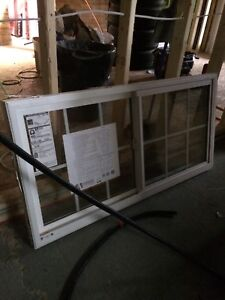 Horizontal glider window with frame