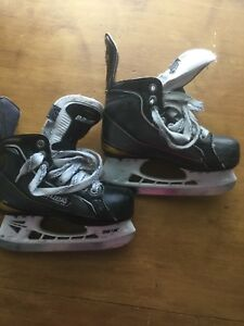 Bauer Supremes Size 12.5