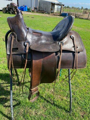 "Antique/vintage 15.5"" Laramie Western high back loop seat saddle"