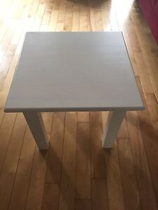 2 White End Tables for Sale