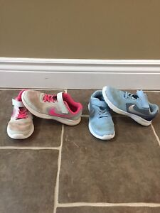 2 pairs of girls Nike sneakers size 1