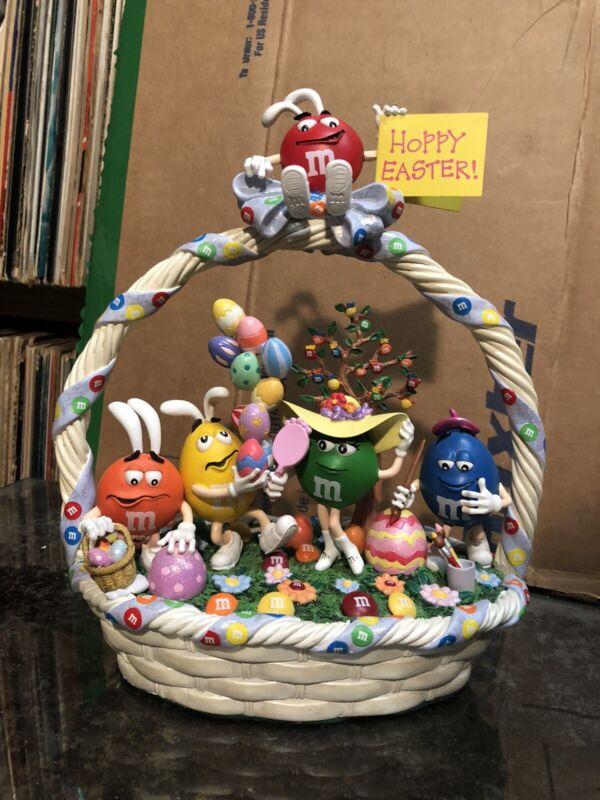 M & M RARE 2007 Danbury Mint Easter Egg-stravaganza