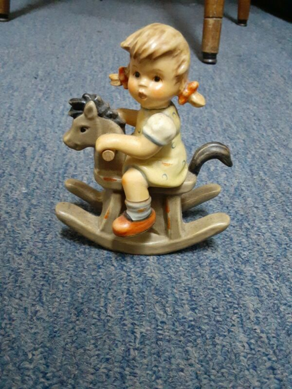 """2001 HUMMEL COWBOY CORRAL Figurine #1629 """"First Issue"""" Back-stamp"""
