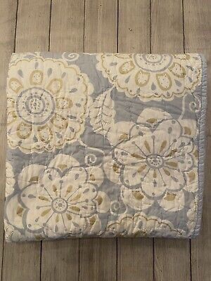 Pottery Barn Kids Blue White Floral Full Queen Quilt