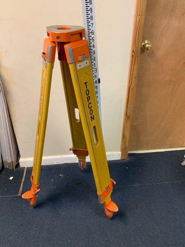 Topcon TP-5 Wood Ext. Leg Tripod 5/8 X 11