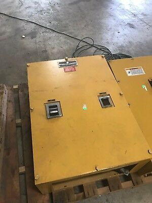 Caterpillar Breaker Box W 800 And 600 Amp Siemens Breakers