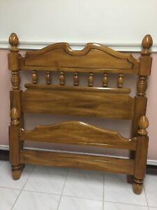 "Solid Maple ""Kroehler"" twin bed"