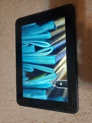 Amazon Kindle Fire wifi tablet 3HT7G *with otterbox*
