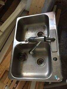 Lavabo évier stainless double avec robinet