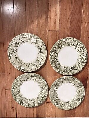 """Plate And Vine (Williams Sonoma Grape And Vine Plates Lot Of 4 11.5"""" Green Raised)"""