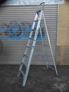 Bailey industrial tradesperson aluminium step ladder