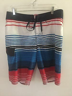 7bf1df36b9 Quiksilver Board Shorts/Swimming Trunks - Men's size 34 - Blue/White/Red